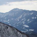二口登山道から見る温海嶽