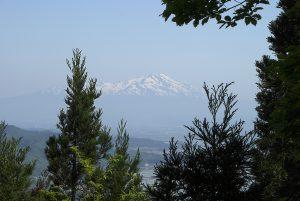 見晴台から見る鳥海山
